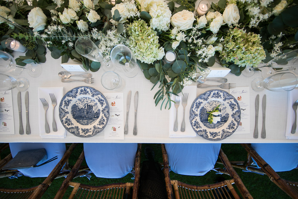 PLACE-SETTING-CHINOISERIE-BLUE-WHITE-DESTINATION-WEDDING-PLANNER-WATCH-HILL-RHODE-ISLAND-CONNECTICUT-SOUTHERN-COASTAL-LUXURY-EVENT--34.jpg
