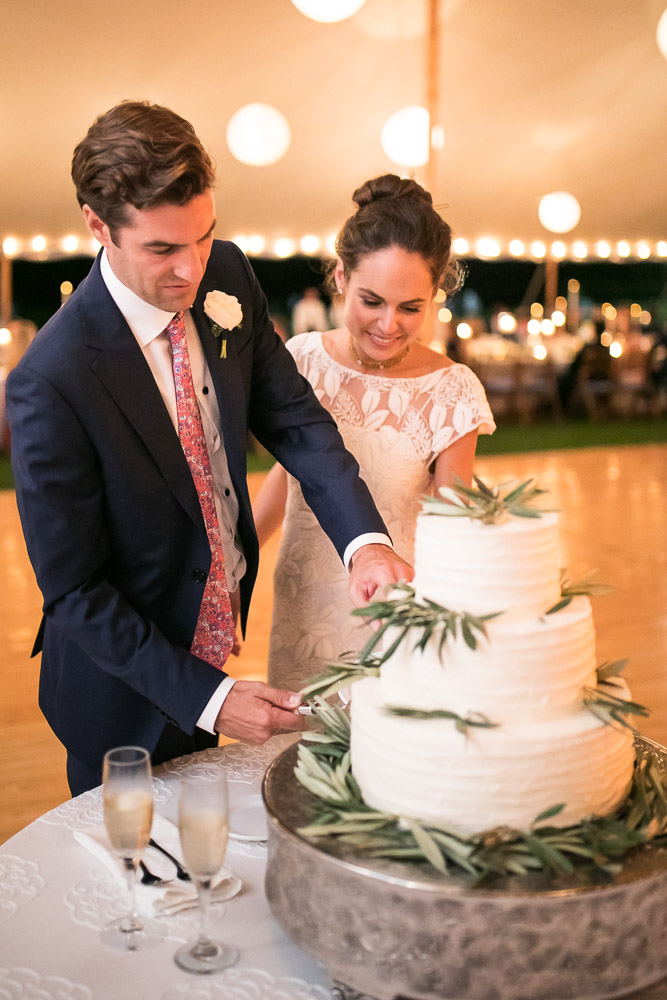 CAKE-CUTTING-DESTINATION-WEDDING-PLANNER-WATCH-HILL-RHODE-ISLAND-CONNECTICUT-SOUTHERN-COASTAL-LUXURY-EVENT--63.jpg