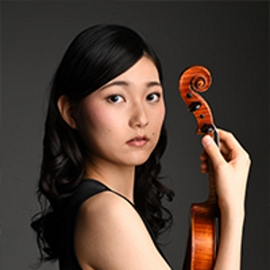 Lisa Yasuda - Lisa Yasuda was born in Nagoya in 1999. Yasuda was awarded the second prize at the IX International Tchaikovsky Competition for Young Musicians and she won the Grand Prix in the Singapore Festival Violin Competition.She skipped a grade and entered Tokyo University of the Arts.She gets special scholarship from Rohm Music Foundation and Tokuji Munetsugu Foundation.Lisa Yasuda currently plays the Antonio Stradivari ( Cremona 1680) which is on loan to her from the Rin Collection.