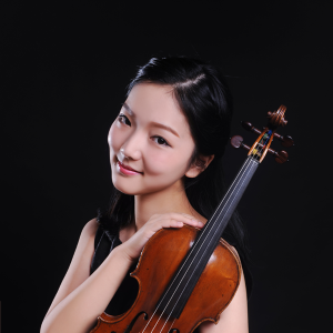 Shi Xiaoxuan - Violinist Xiaoxuan Shi is currently pursuing her Master's degree at the Juilliard School, where she studies with Catherine Cho. In 2016, Xiaoxuan received her Bachelor's Degree from Yong Siew Toh Conservatory of Music, National University of Singapore, where she studies with Prof. Qian Zhou.Xiaoxuan has won multiple competitions, including the first prize of the ChengduGuangya Violin Invitational Competition, the Gold medal of the VIVO-S International Music Competition, the 1 st Prize of the Adelphi Yong Artist Competition, the 1 st Prize of the Conservatory Concerto Competition and the 1 st Prize of the Singapore National Violin and Piano Competition (Artist category). She was also a prize winner at Singapore International Violin Competition, and the China National Youth Violin Competition.Xiaoxuan's solo appearances include performances with the Adelphi Orchestra, the Metropolitan Festival Orchestra, Yong Siew Toh Conservatory Orchestra and YST String Chamber Ensemble. As an active chamber musician, her chamber performances include a Brahms Sextet performance with Renaud Capucon, as well as a performance in the Singapore Chamber Music Festival of the Dvorak String Quintet with members of La Bande de La Loingtaine.Xiaoxuan is a recipient of Juilliard Scholarship and Dorothy Delay Scholarship.