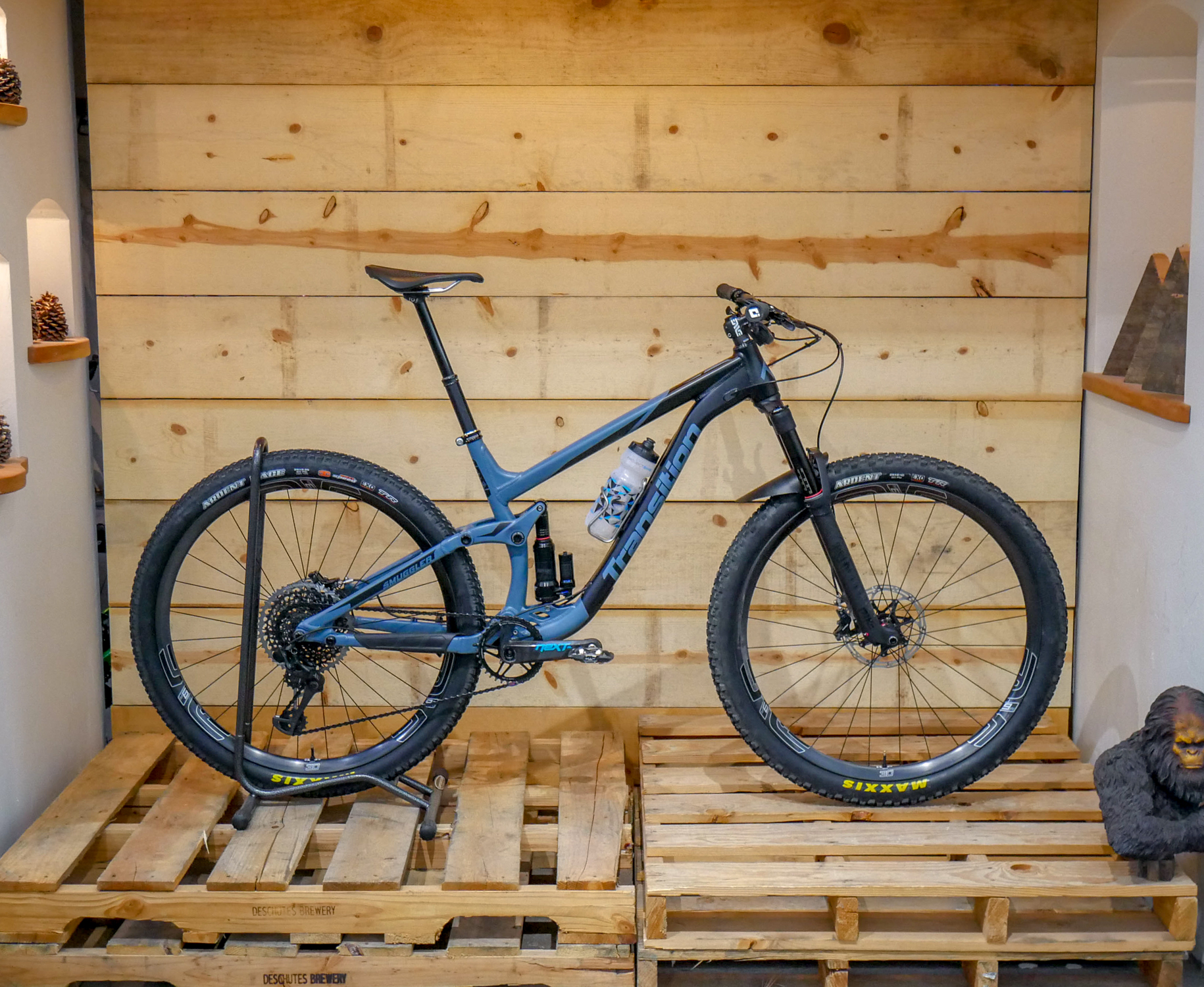 2018 Transition Smuggler Alloy