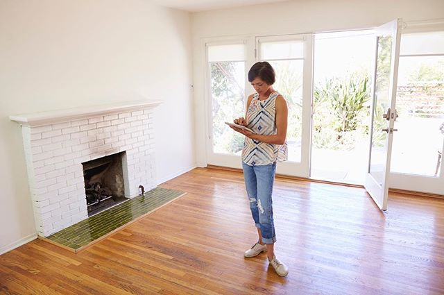 So, was it as good as the photos portrayed? Often times it is, but there are many internal factors in a home that need you need to be aware of before you make your final decision. I pride myself in helping my clients make sure the house they want has a solid foundation in every way. This article definitely holds up when providing the essential things you need to look out for when viewing a property. 🏠🛠 . . . CHECK IT OUT: https://www.homes.com/blog/2017/04/13-essential-things-look-viewing-house/ . . . #homeinspection #realtorlife #losangelesrealtor #realestate #losangelesrealstate #lalife #losangeles #homeexpert #househunting #larealtor #homesearch #losangelesmarket #lacounty #westside #knowbeforeyoubuy
