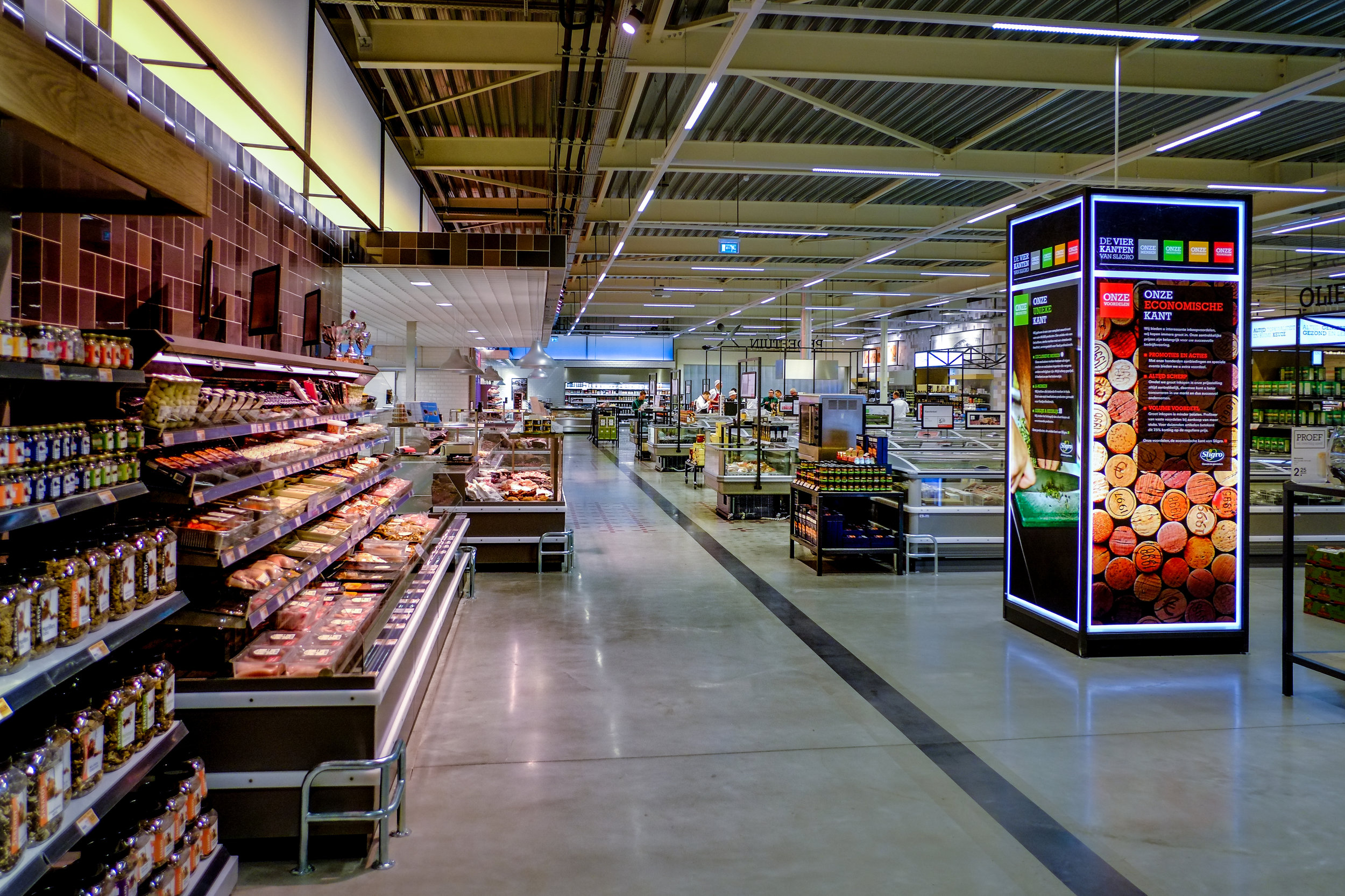 new cash & carry format