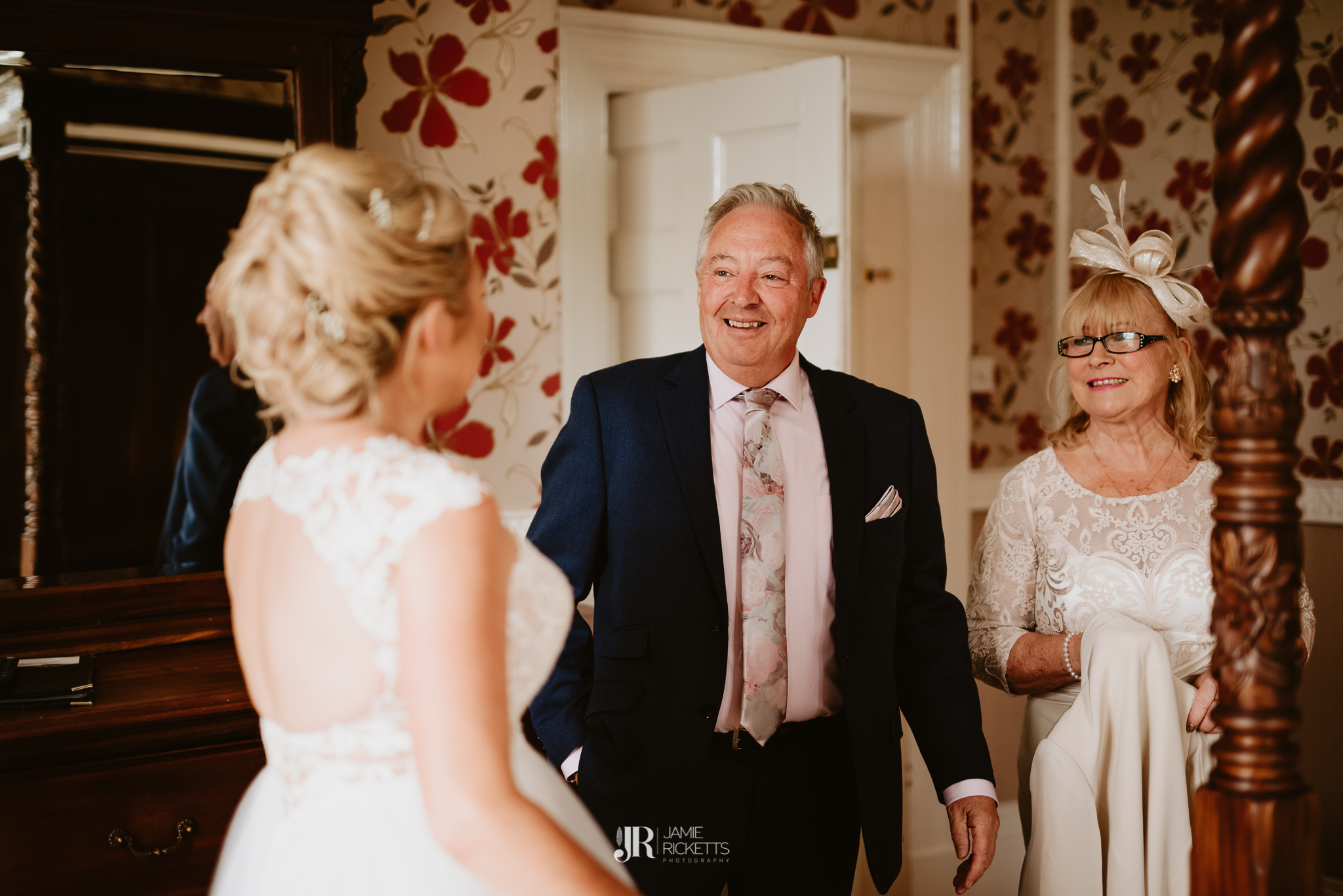 Wroxeter-Hotel-Wedding-Photography-In-Shropshire-By-Shropshire-Wedding-Photographer-Jamie-Ricketts-040.JPG