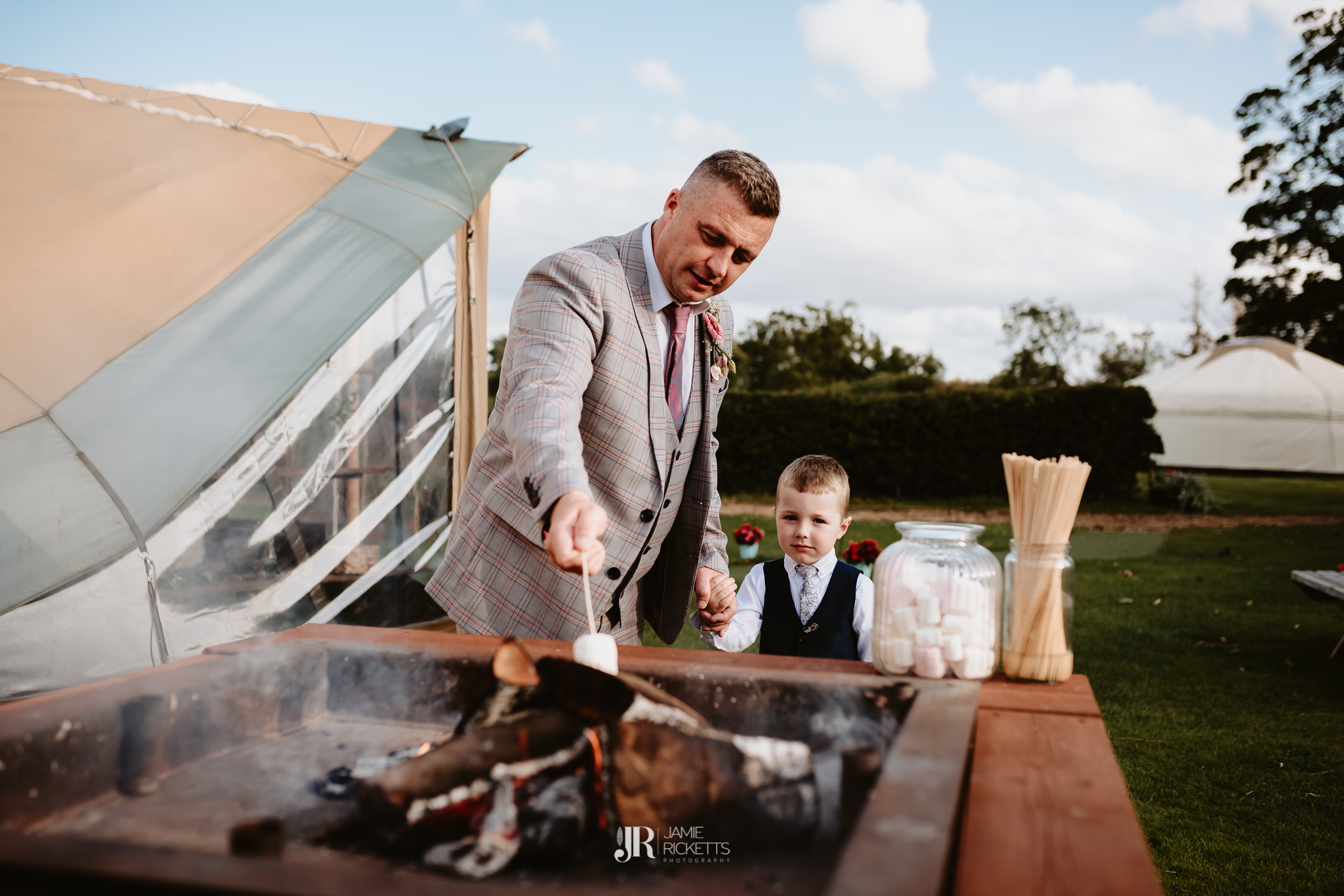 Wroxeter-Hotel-Wedding-Photography-In-Shropshire-By-Shropshire-Wedding-Photographer-Jamie-Ricketts-184.JPG