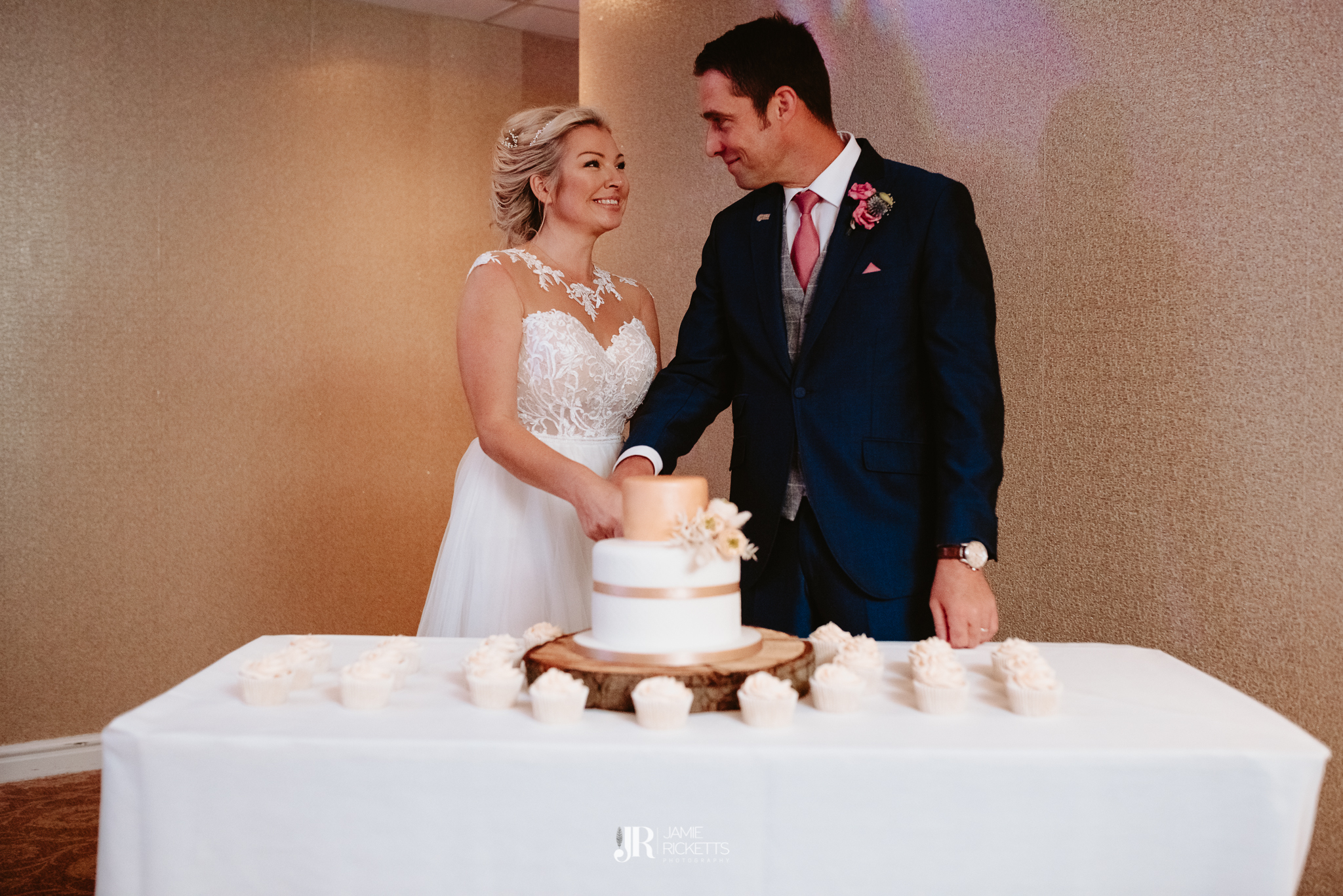 Wroxeter-Hotel-Wedding-Photography-In-Shropshire-By-Shropshire-Wedding-Photographer-Jamie-Ricketts-206.JPG