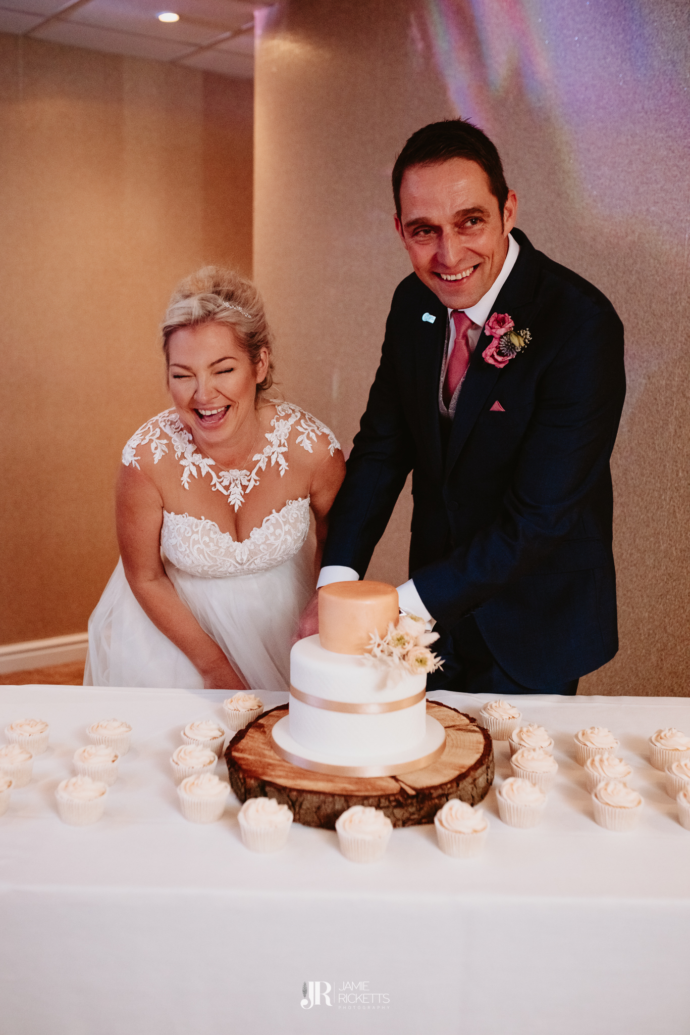 Wroxeter-Hotel-Wedding-Photography-In-Shropshire-By-Shropshire-Wedding-Photographer-Jamie-Ricketts-210.JPG