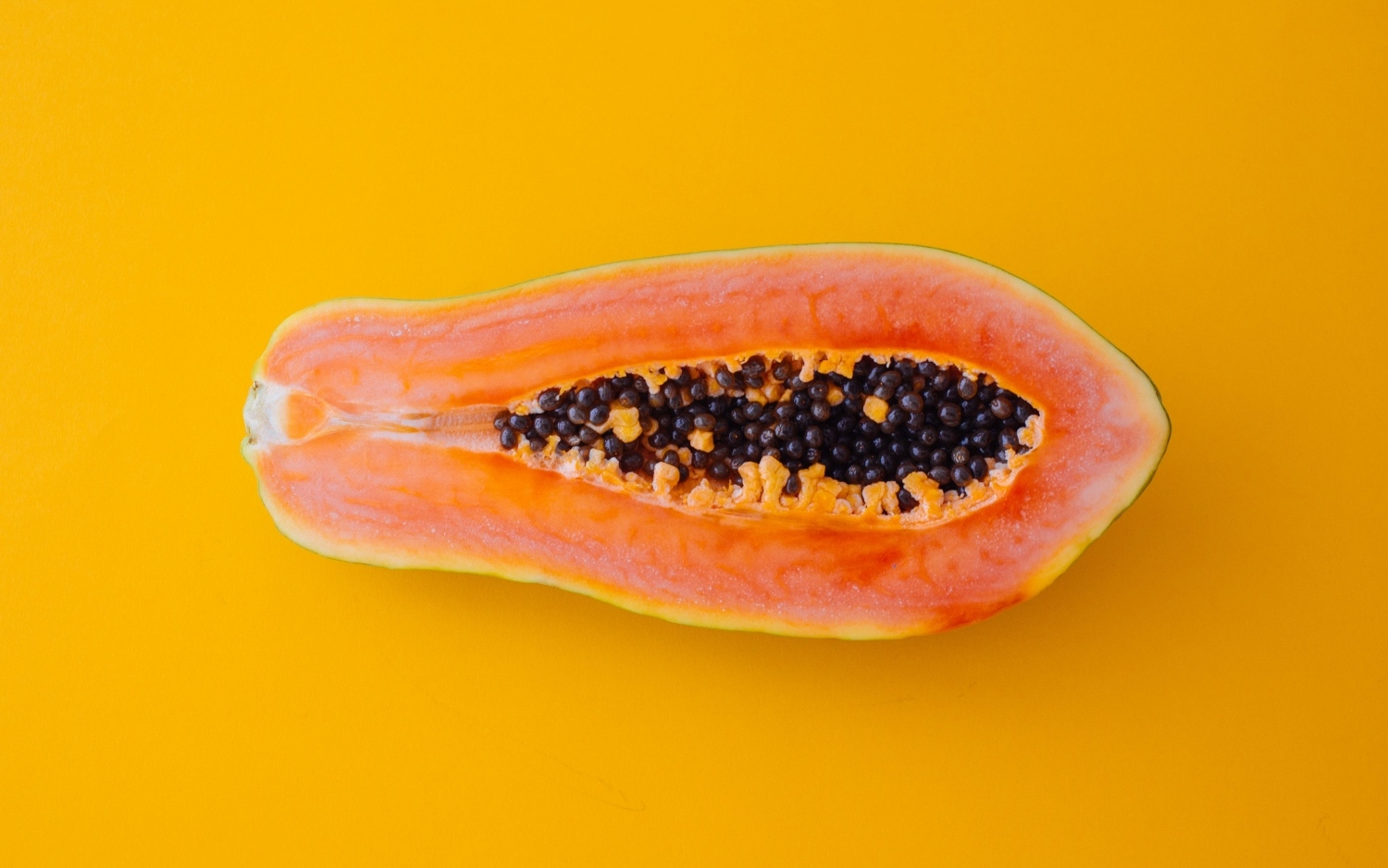 Organic-papaya-on-plate-as-part-of-nutrition-plan-banner.jpg