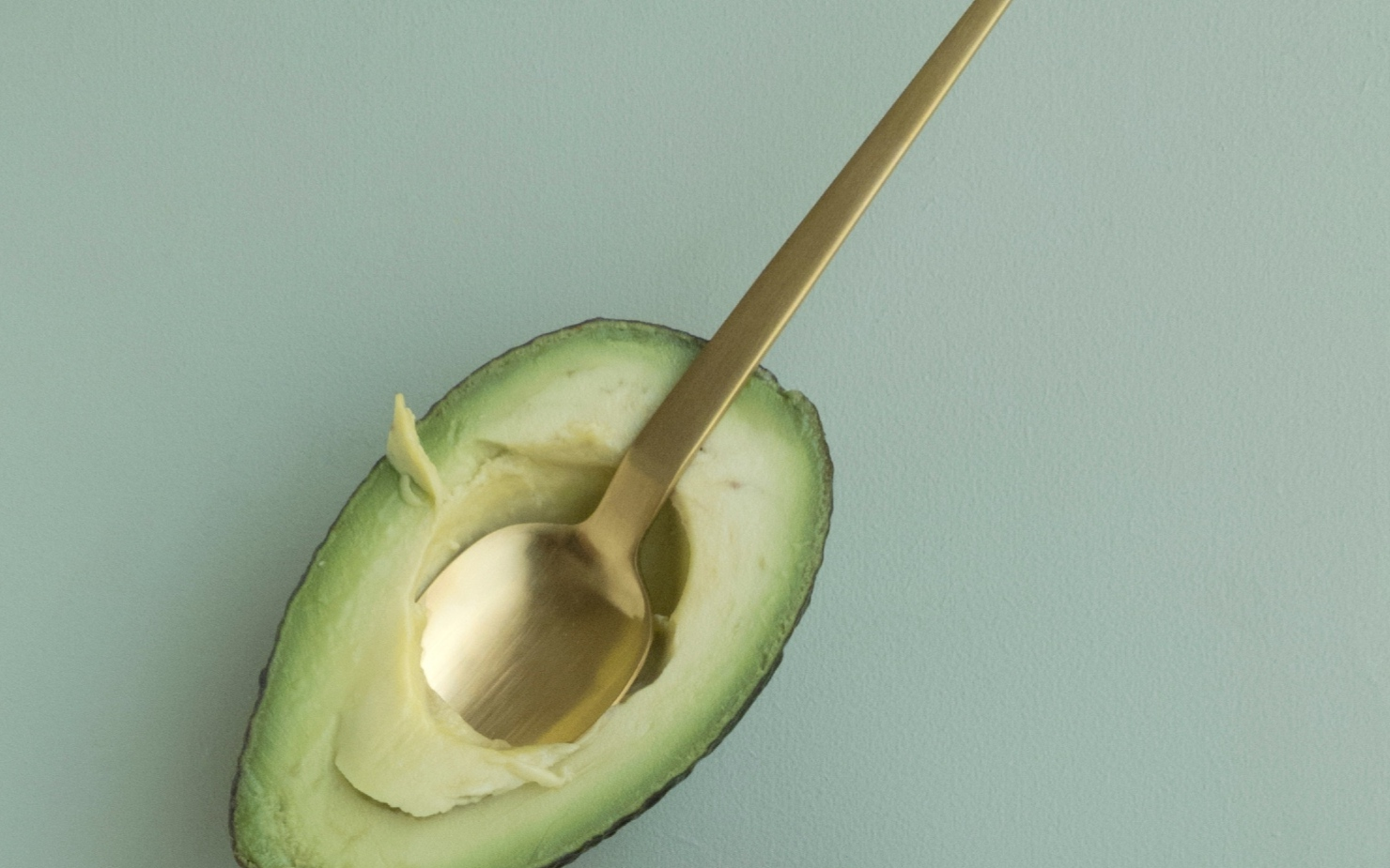 organic-avocado-with-spoon-part-of-nutrtition-plan-banner.jpg
