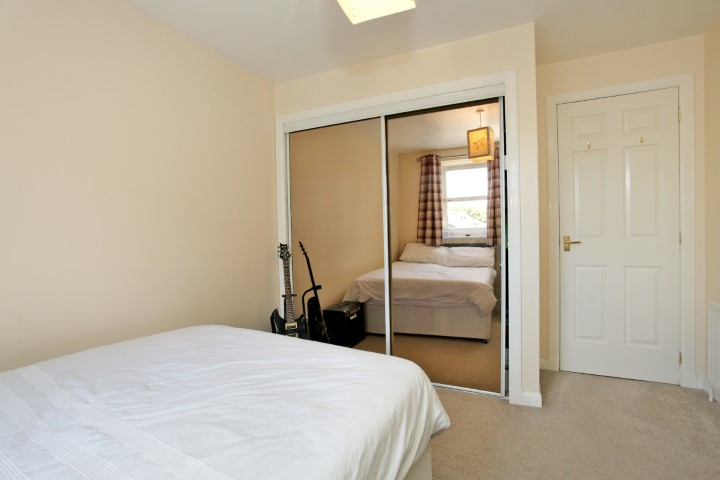 2nd Bedroom 2 (Small).jpg