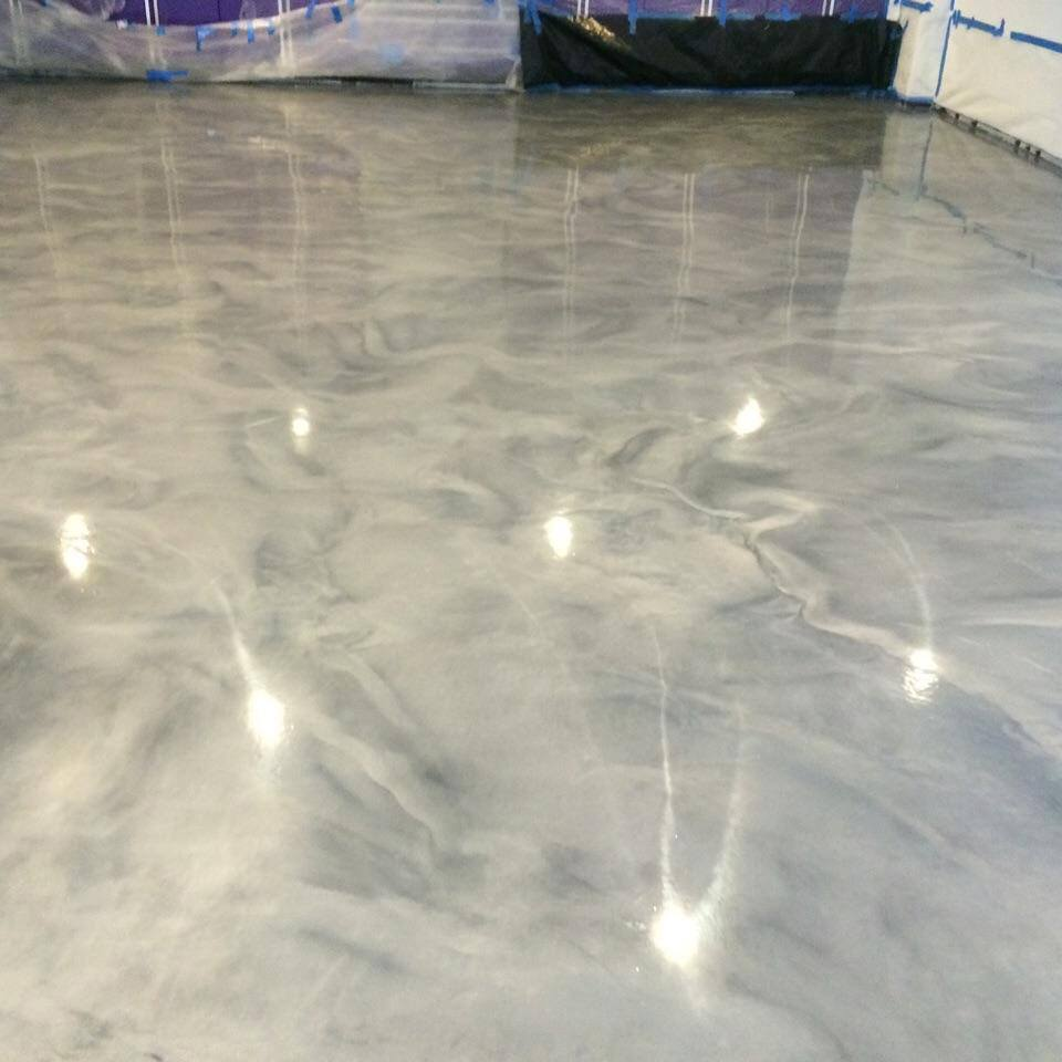 Specialty Finishes - Have something special in mind your garage, basement or shop? Luxe Garage Floors is happy to discuss your needs and how we can be of service to you. Maybe you require NFL licensed team colors? Metallic or mica flake? No problem! Let us know how we can help customize your space and make it LUXE.