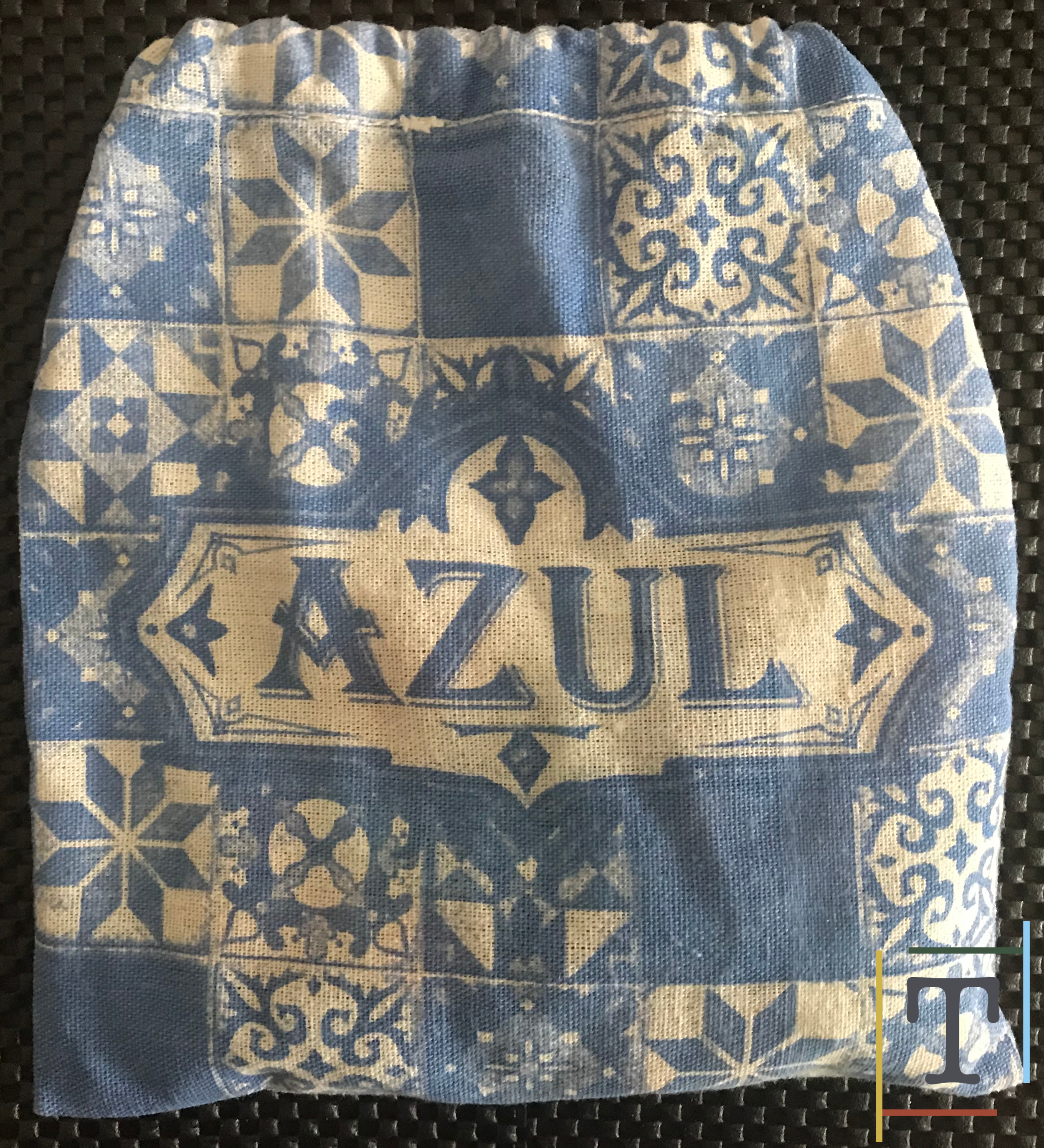 Even Azul's bag is top quality