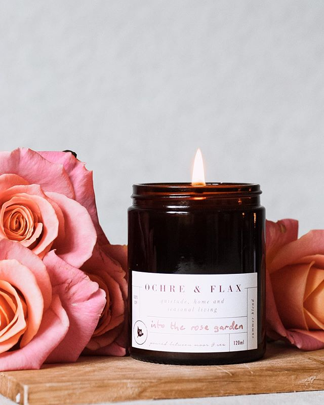 Release day is imminent for the summer candles, so it seems time to share a little more about the how and the why of the pure essential oil blends that go into each candle.⠀⠀ 🌸 Into The Rose Garden is a mood boosting, focusing and joyful aroma which supports you in doing what you love. A blend of ten essential oils, each one is chosen both for its uplifting properties as well as its glorious aroma. The heady scent of the most precious of essential oils - pure rose - is underpinned with a mixture of romantic, heady essential oils which all evoke a warm summer's day walk in a beautiful rose garden.⠀⠀ 🌸 I've gone into more depth about the oils in this blend, and why I chose them, over on the blog. Link in profile, as always.⠀⠀
