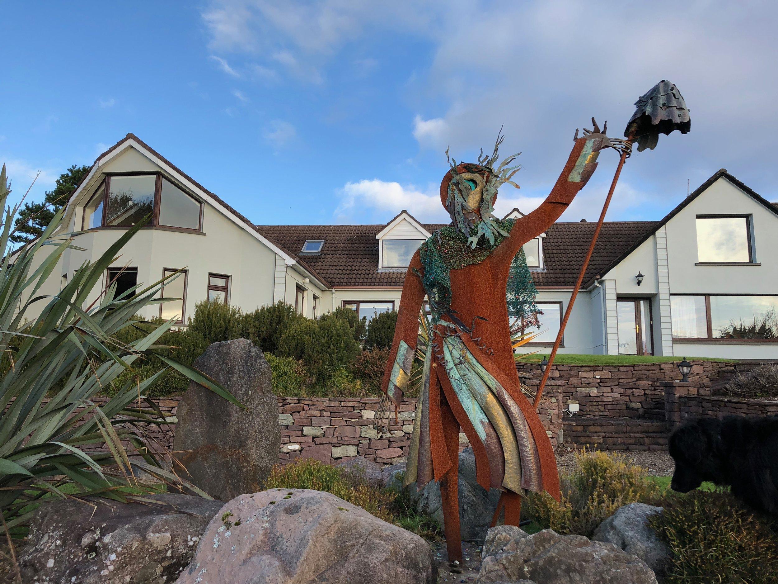 Mrs Monn statue house.jpg