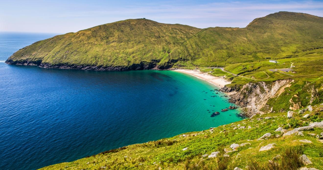 keem-beach-en-la-isla-de-achill (1).jpg