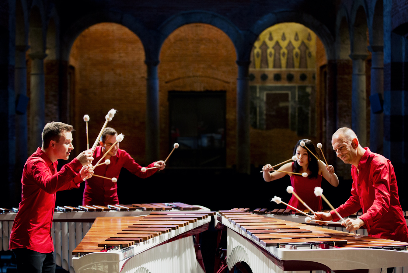 WaveQuartet - Marimba Quartet / Visit website