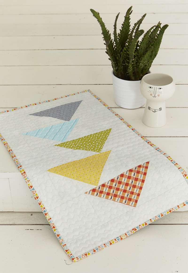 - As a little reminder, when piecing the Heading South quilt, you will have five remaining large geese. I've created a tutorial for a fun little table topper you can create using those leftover geese. Click here for the tutorial.
