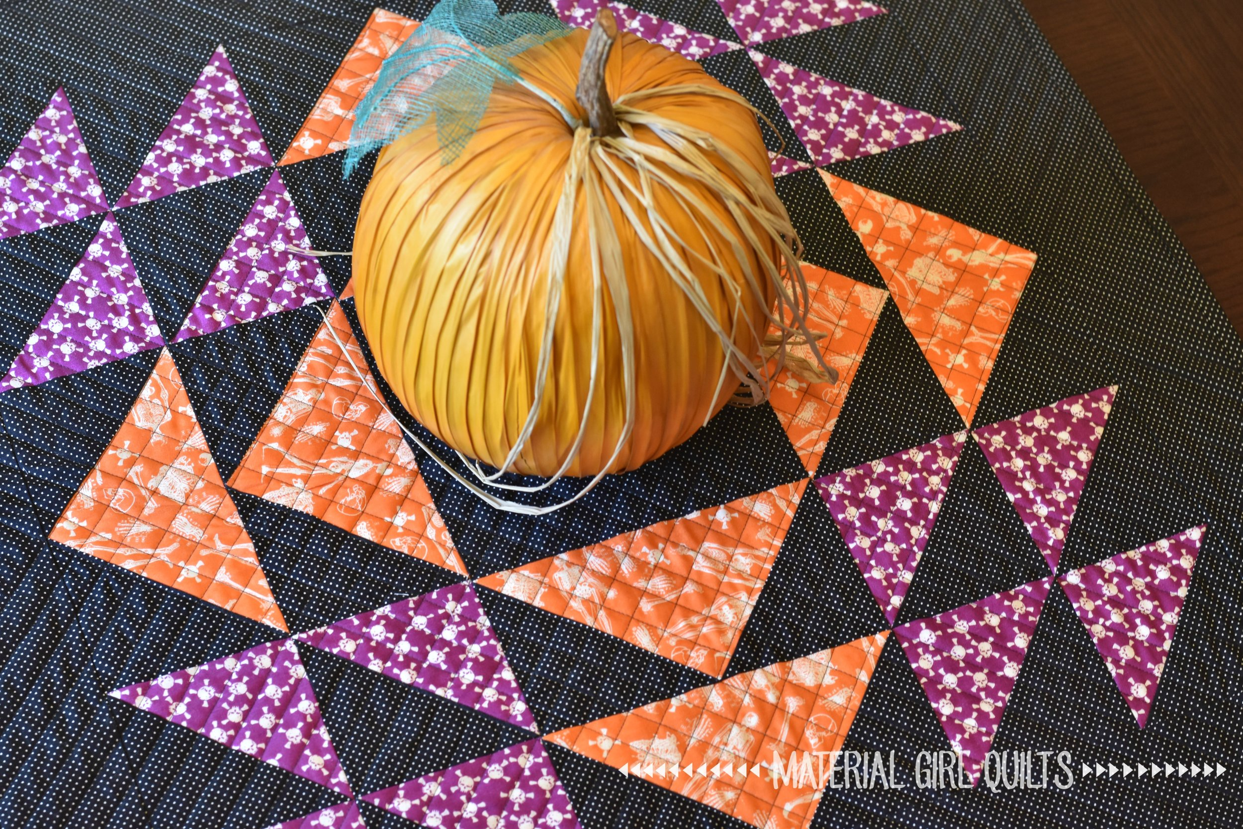Homespun Halloween quilting.jpg