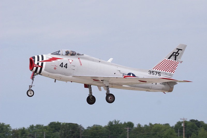 North American FJ-4 Fury landing