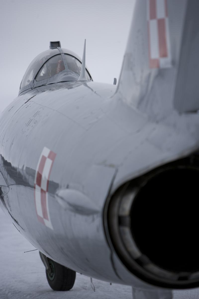 Mikoyan-Gurevich MiG-17-2