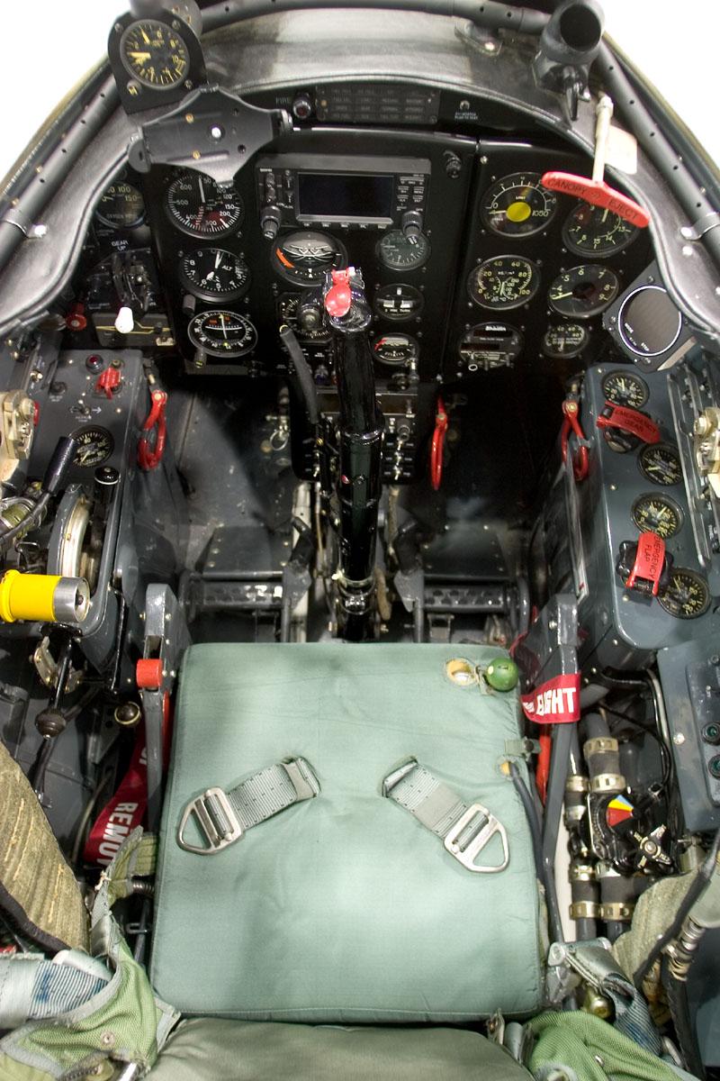 Mikoyan-Gurevich MiG-17 inside cockpit