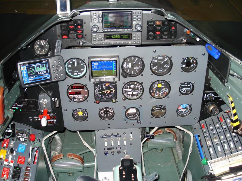 L 39C modernized cockpit