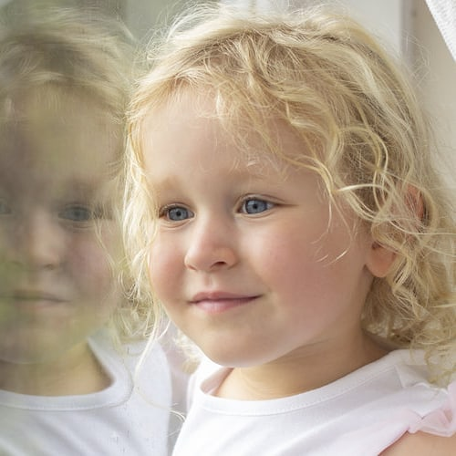 Little ones reflections #studioportrait #whangareiphotographer #capturingchildhood