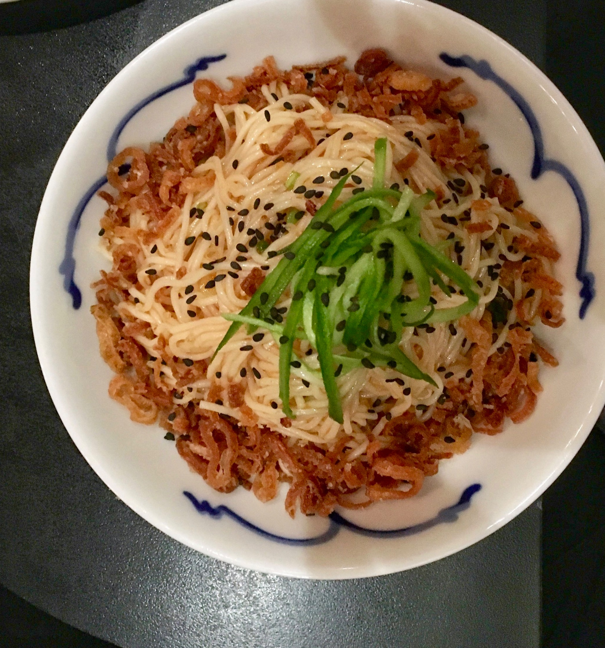Somen noodles with fried shallots