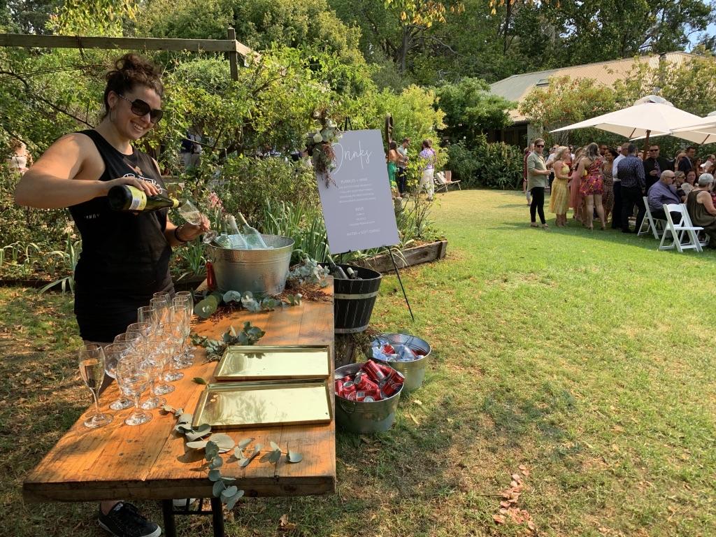 garden bar mornington peninsula wedding.jpg