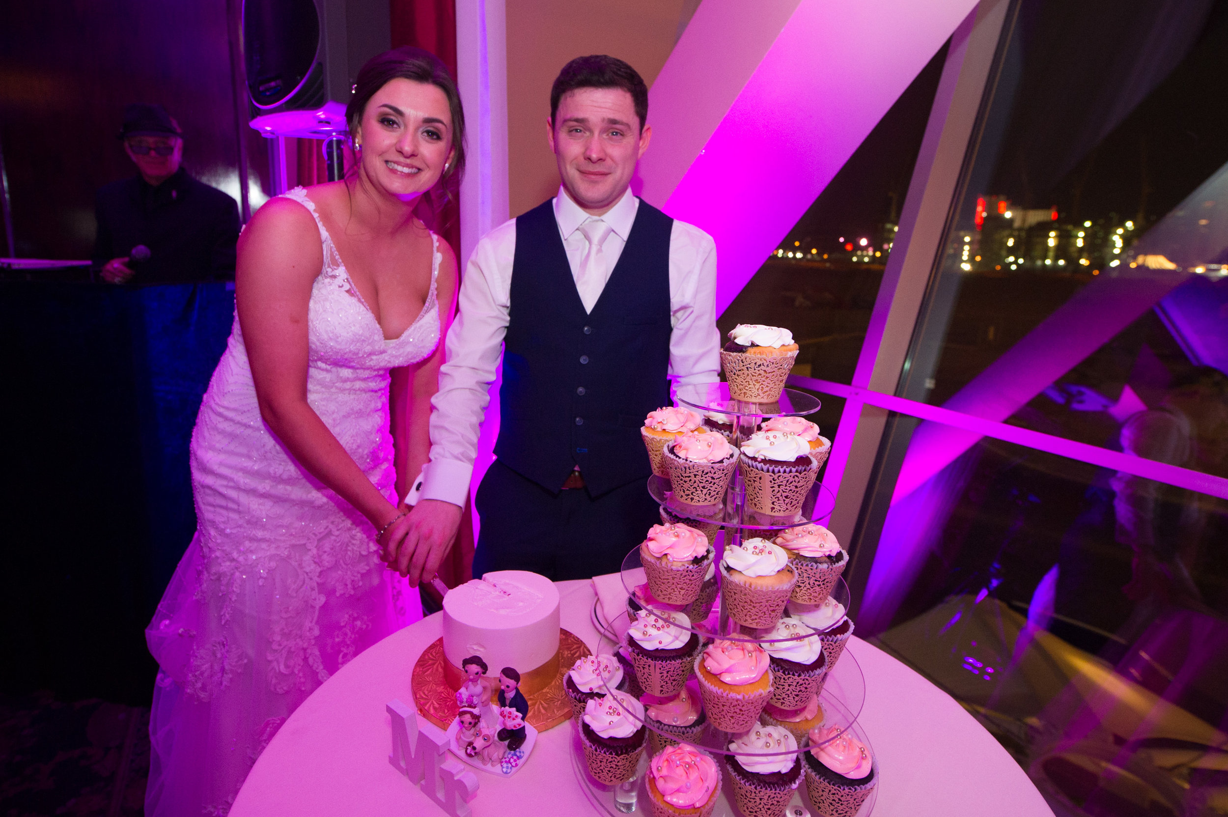 Cup Cakes & Uplighting