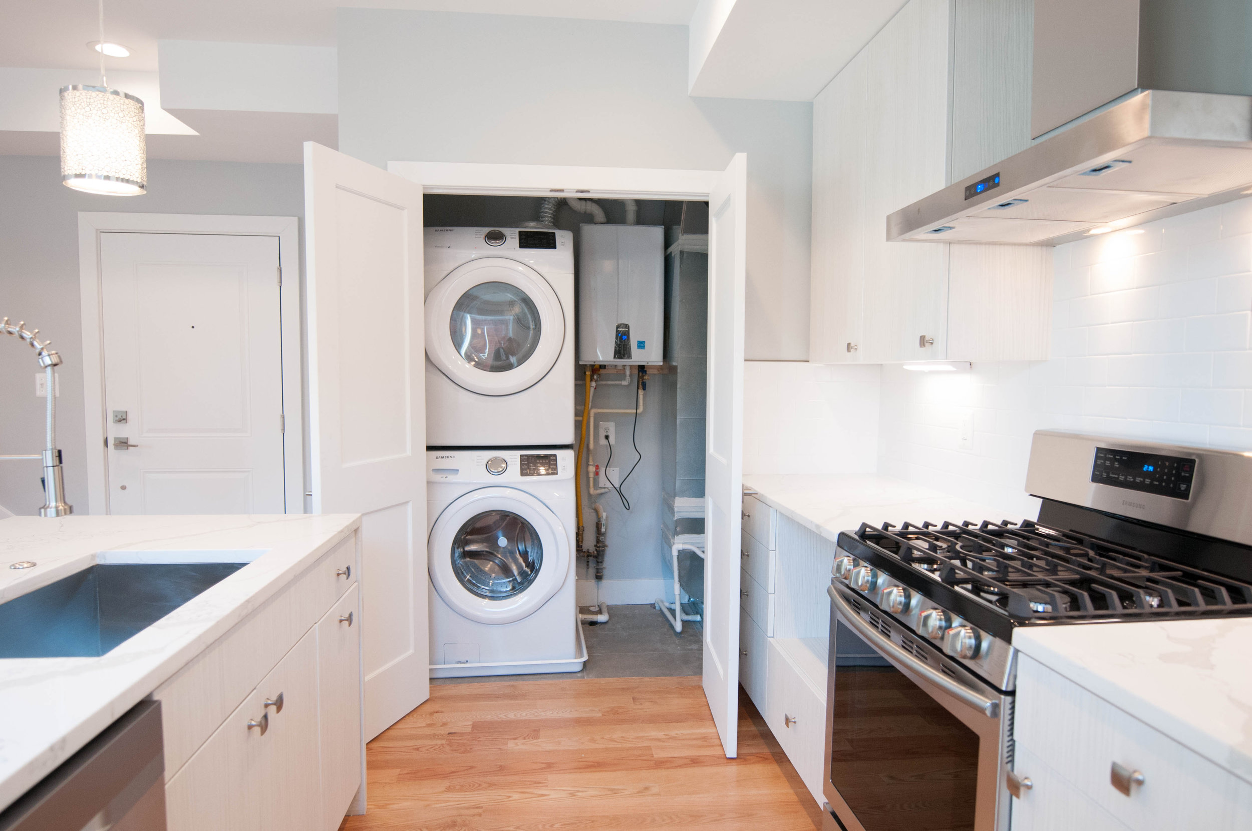 In-unit washer & dryer (Unit #23)