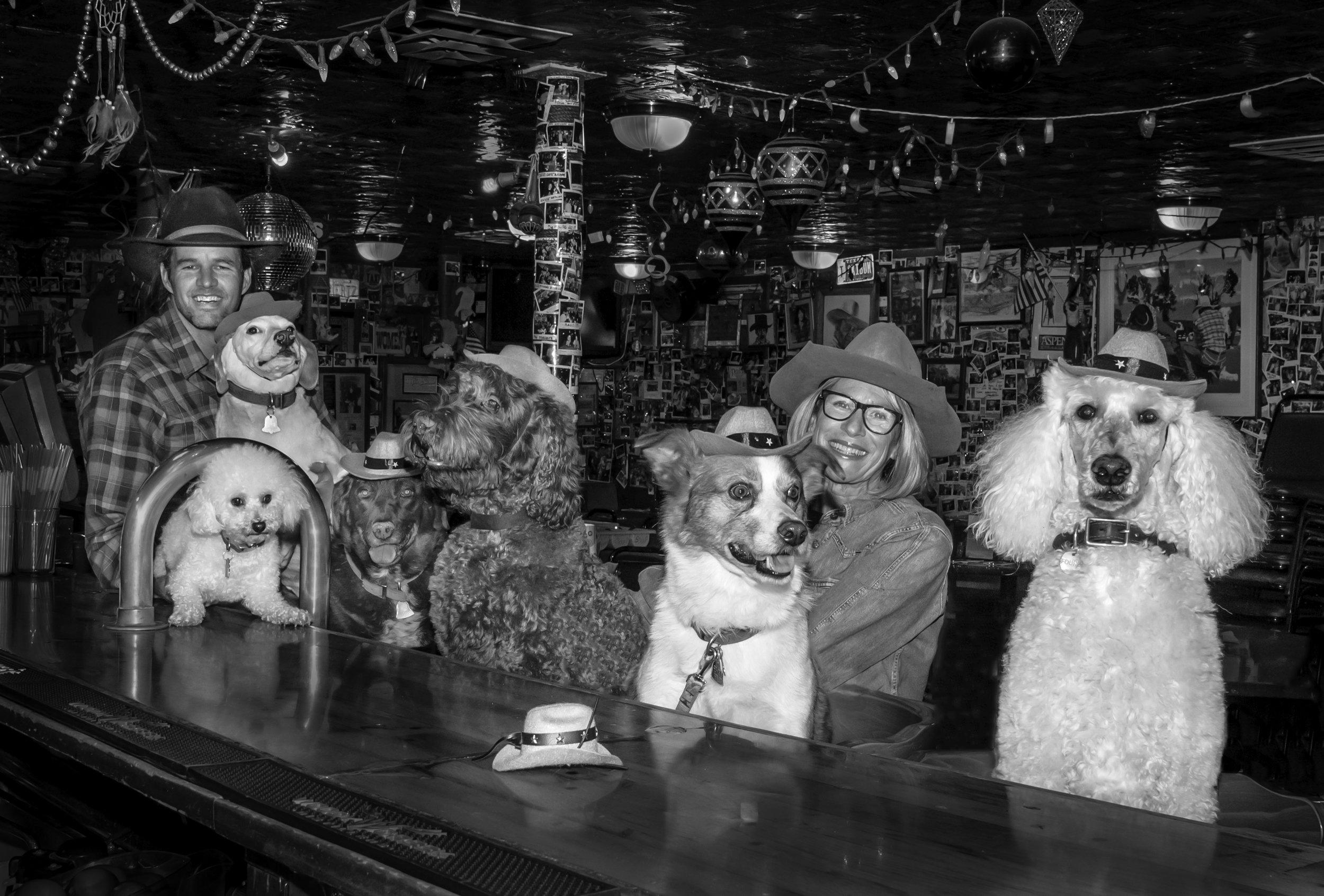 20160908_CO_Woody Creek _Dogs at Tavern_95- rev 4.jpg