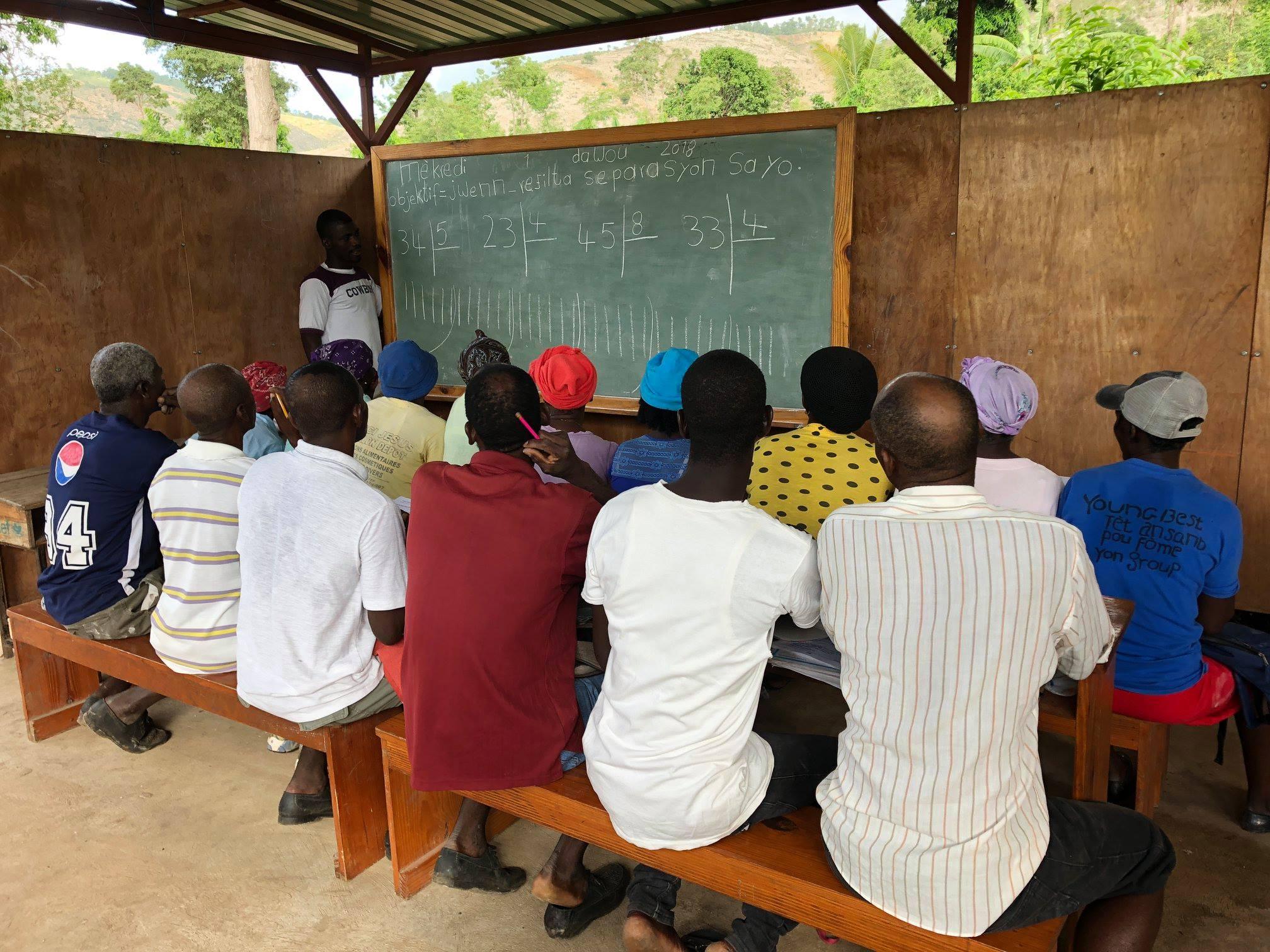 FIDA_literacy class.jpg