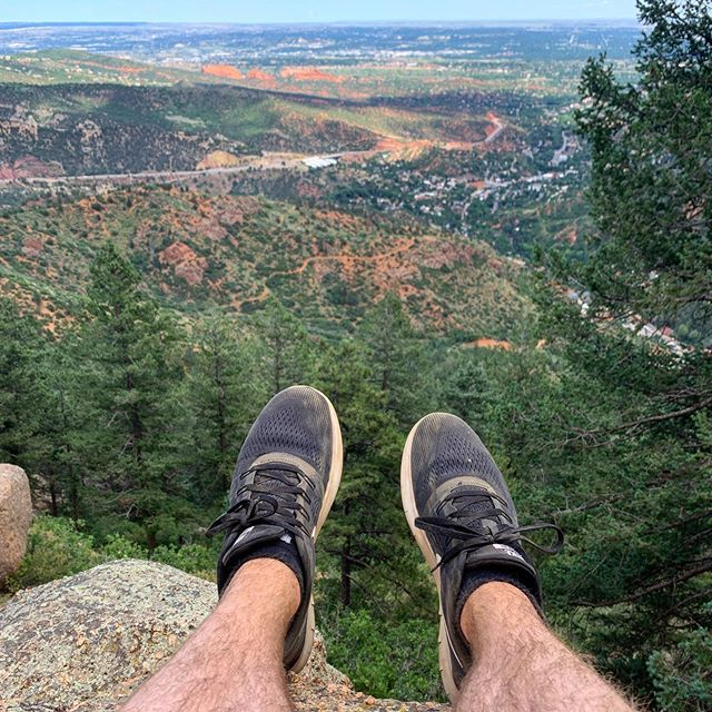 2,768 stairs and 2,000ft straight up later, I'm feeling pretty good. 🏔 . . . #denver #colorado #denvercolorado #landscapephotography #landscape #mountains #hiking #hikingadventures #travel #travelphotography #shoefie #footselfie #fromwhereistand #nature #naturephotography #coloradosprings #manitouincline #manitou