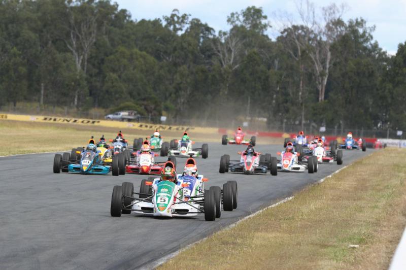 Formula Ford at Queensland Raceway