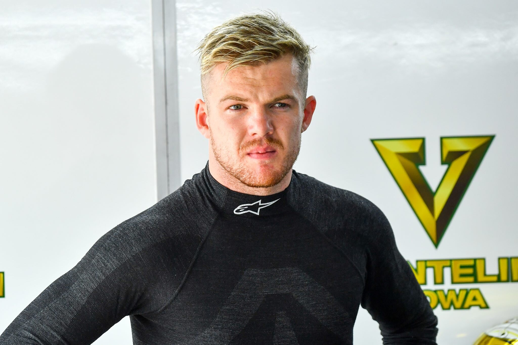 Nick Cassidy in tight title fight - SUPER FORMULA