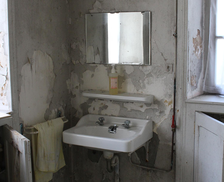 the kitchen sink.jpg