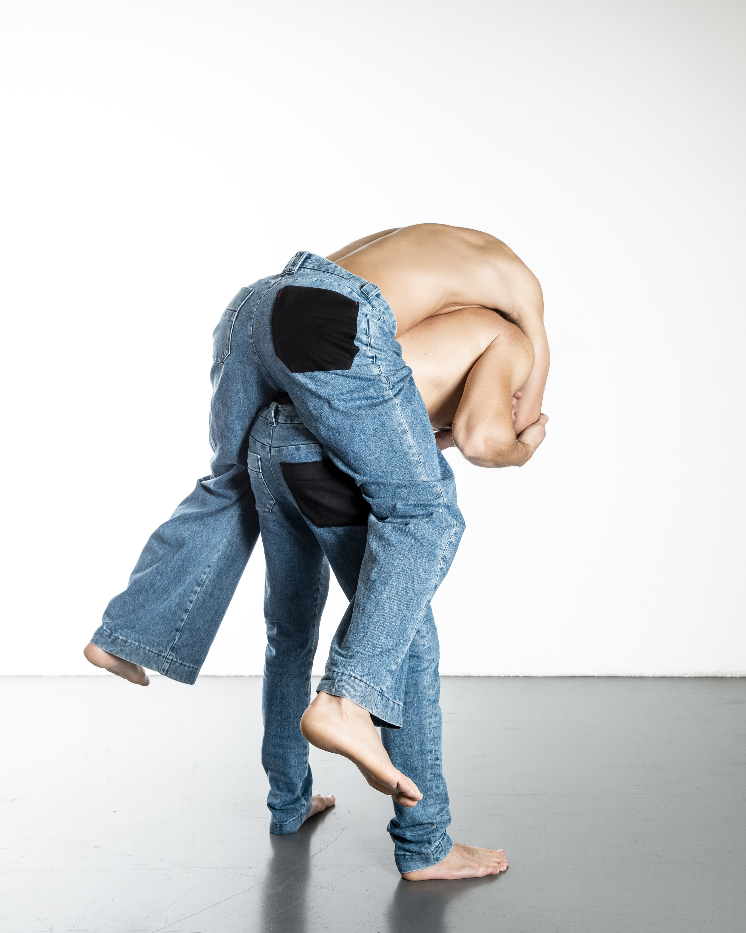 THE CHALLENGE - Forbidden Denimeries was founded by Mikael Vilchez in 2018. It challenges menswear codes by offering uninhibited garments inspired by references ranging from feminine to masculine figures, popular to classical culture, through a denim vocabulary.