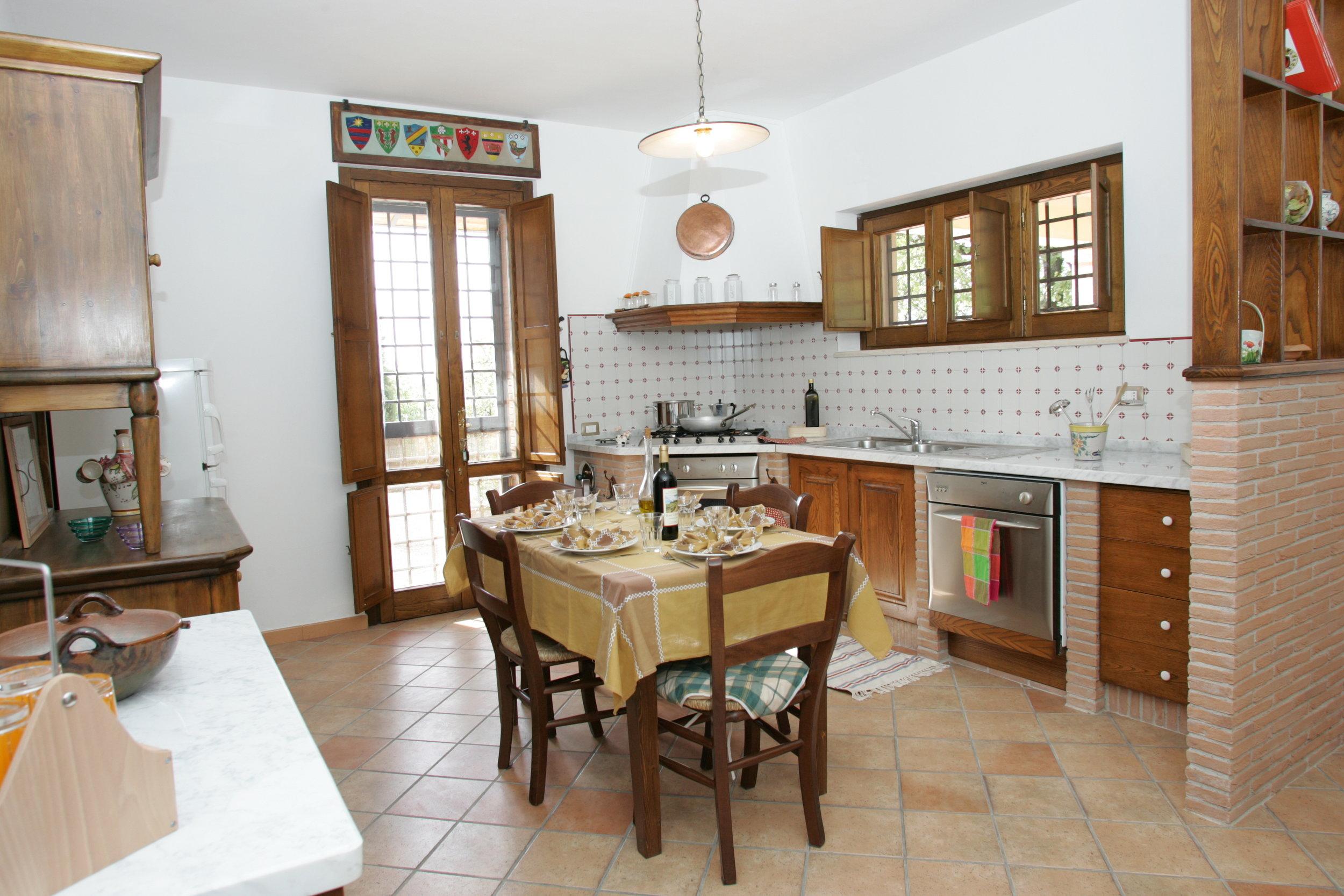 Ulivi.kitchen.JPG