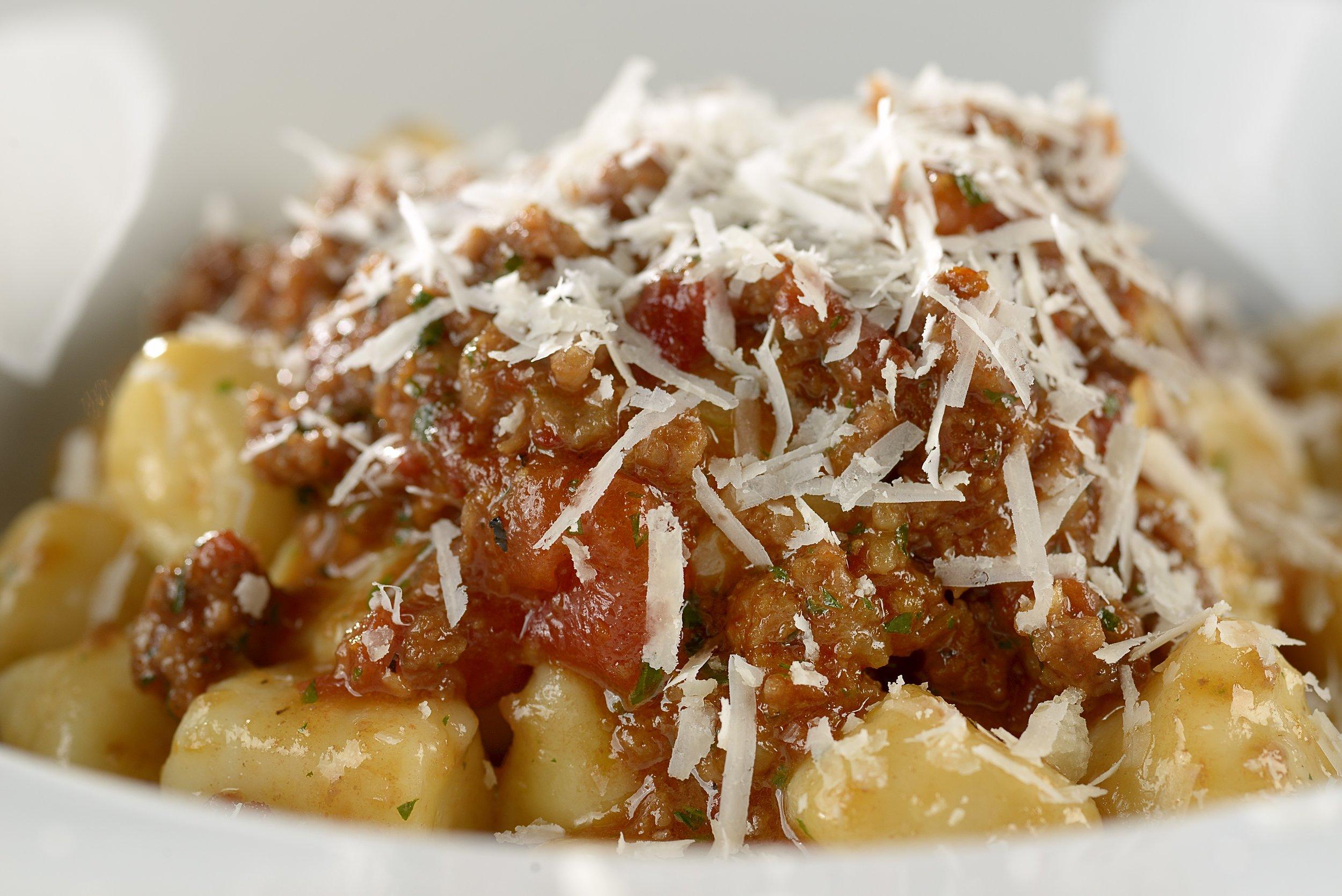 Gnocchi di Patate al Ragu Bolognese (6).jpg