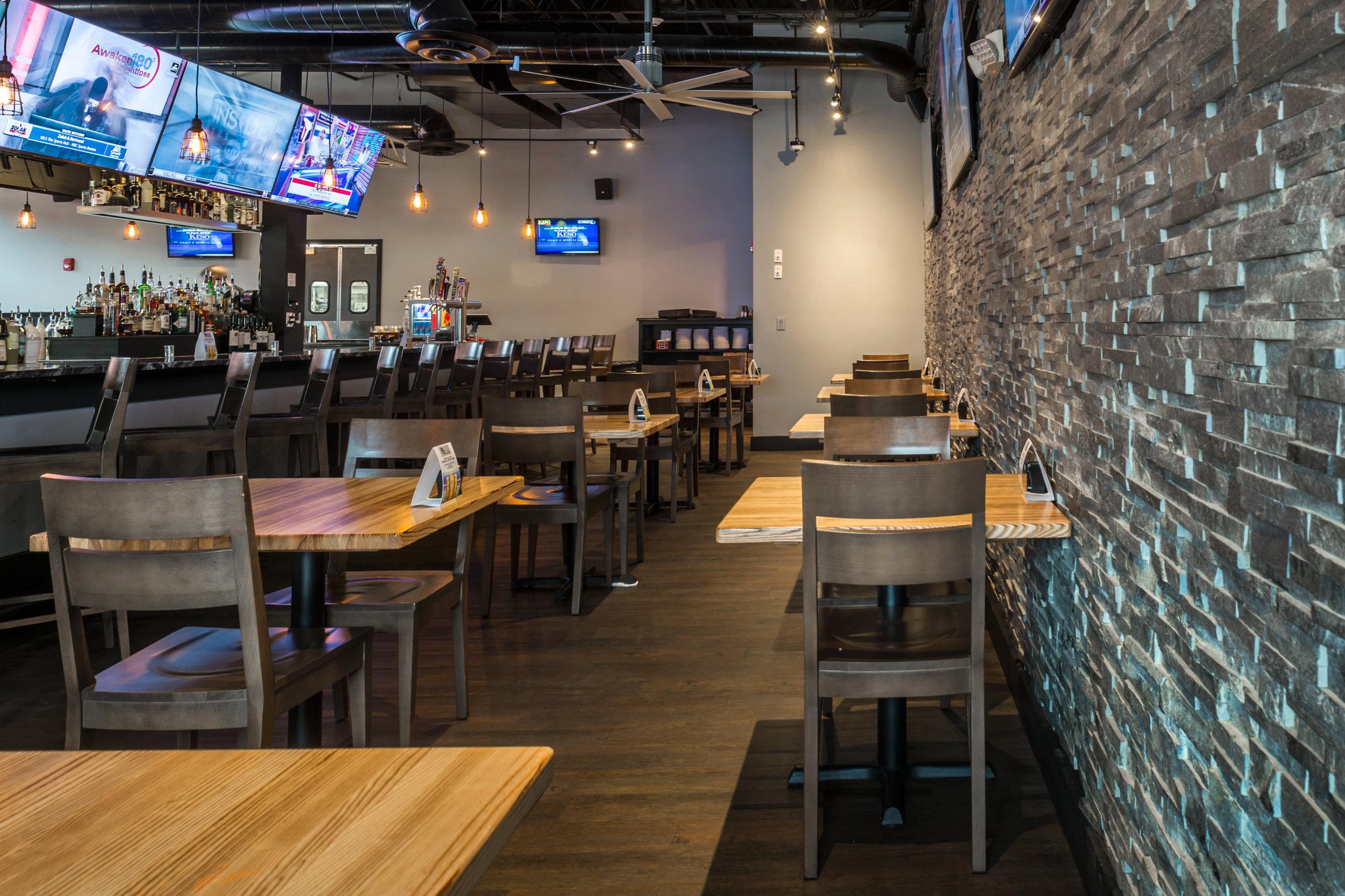 Bates Bar and Grill-3.jpg
