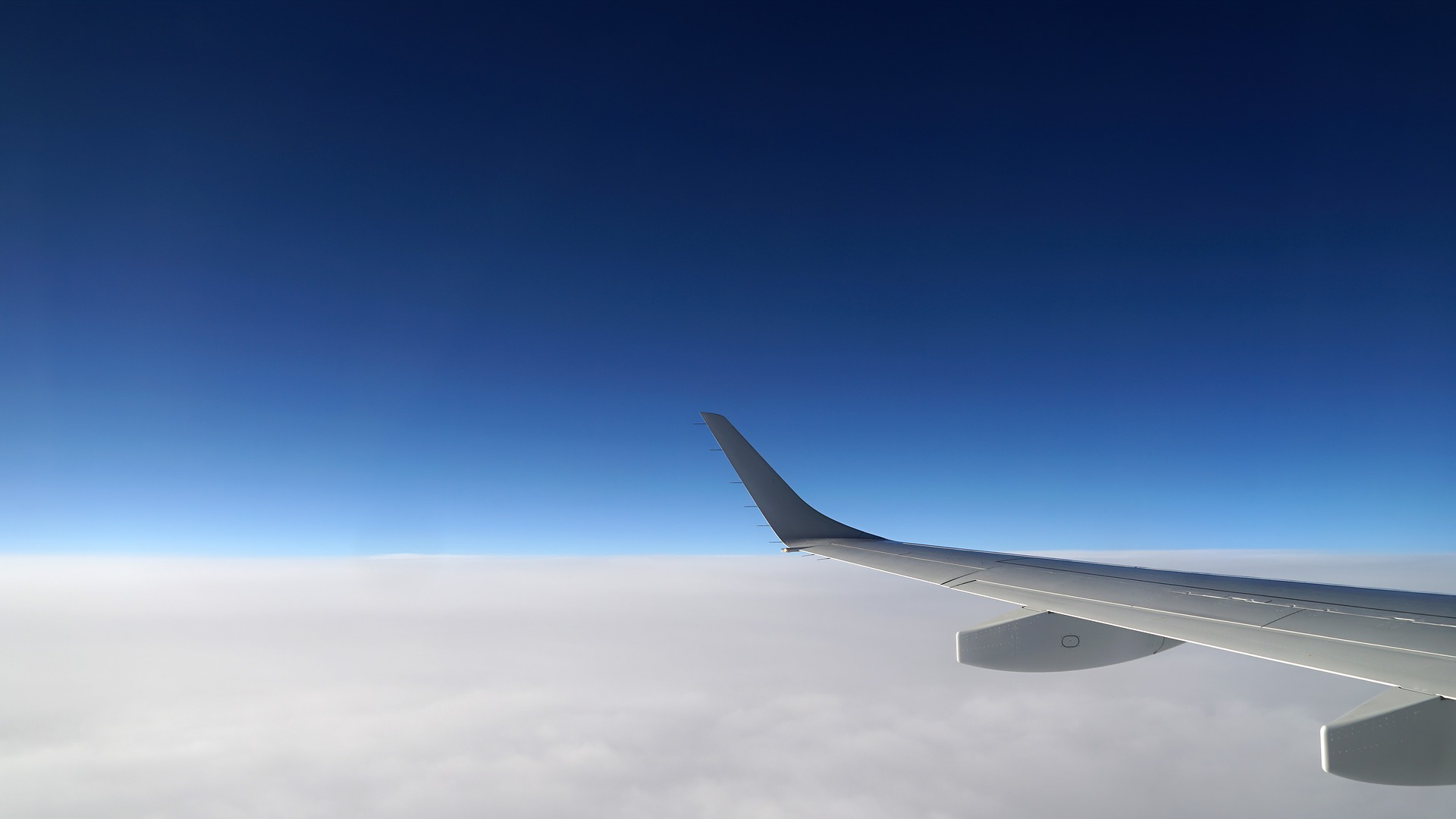 clouds-4286966_1920.jpg