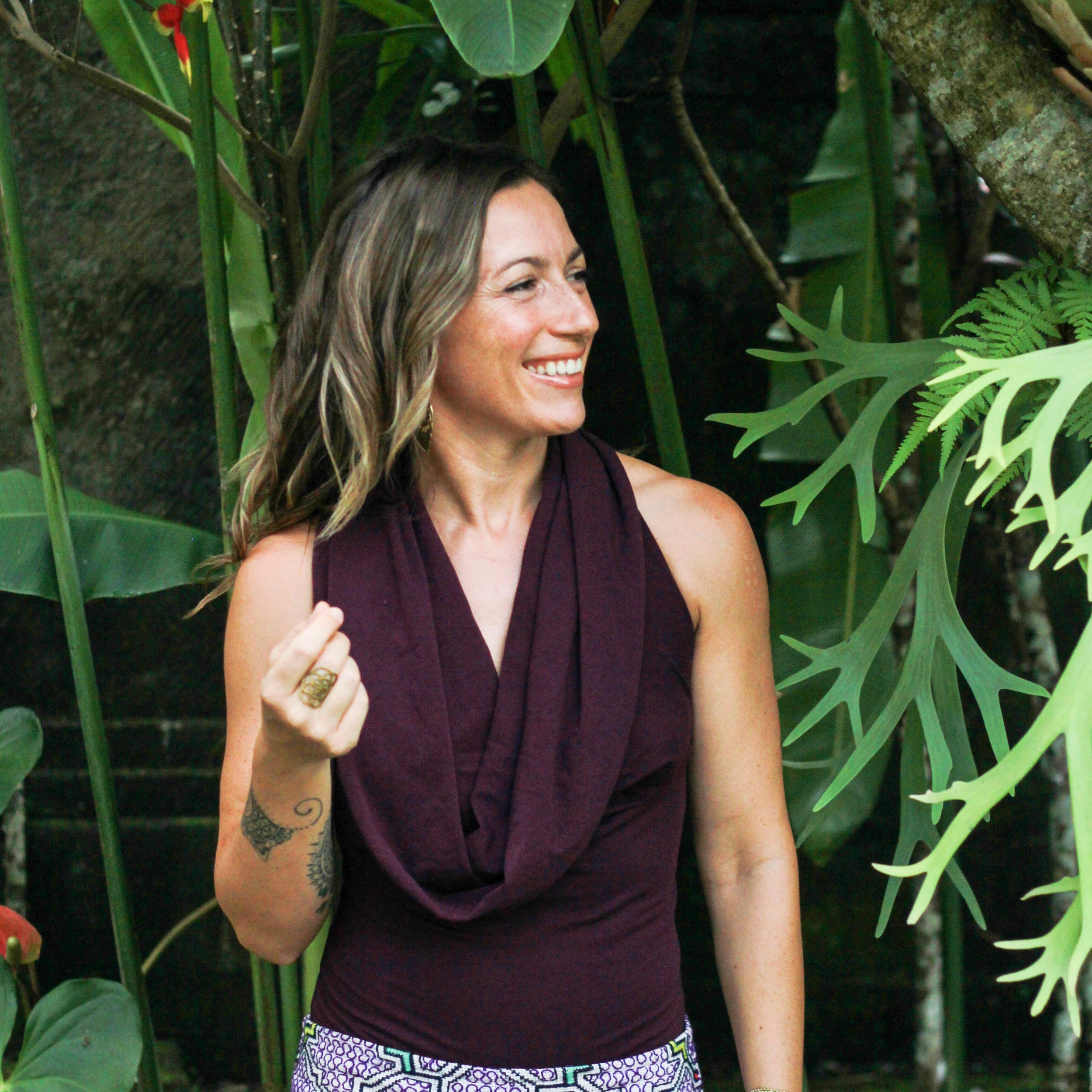 Jhennevièv - Jhennevièv catalyzes transformation. Creator and activator of everything that awakens the world, she is passionate about living life fully. Surfer, yogini, coach and entrepreneur, she uses the synergies of entrepreneurship and spirituality, the mystical and the practical, the ancient and the modern, and the art and the science to create bridges between approaches. She likes to reconnect people to a wider range of possibilities in their movement, breathing, lifestyle and creations.She has been trained and has taught alongside renowned teachers such as Shiva Rea, Dr. Judith Kravitz, Dr. Peter Levine and Dr. Goiz Duran, and has received transmissions from many Elders. Founder of NAI'A, Jhennevièv continues to teach and share globally.www.naialife.com | @naia.life | @naialife