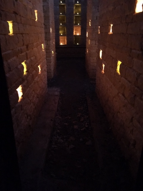 Niches by candlelight …