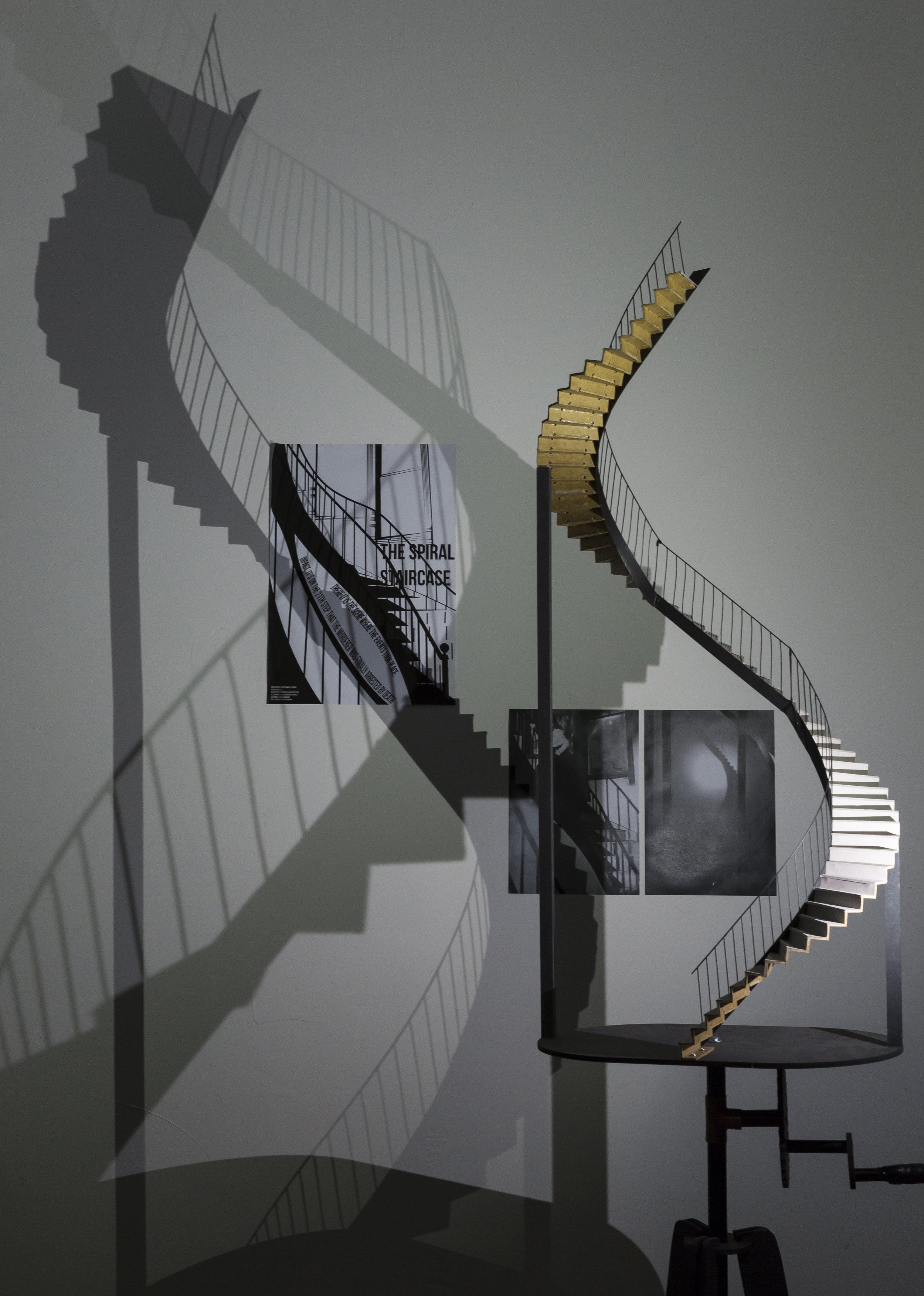 Projet  Scene de menage outils de la vie domestique.Machines a voir; Atelier de Youri Kravchenko; Projet d' Estelle Beroujon et Camille Berra (6).jpg