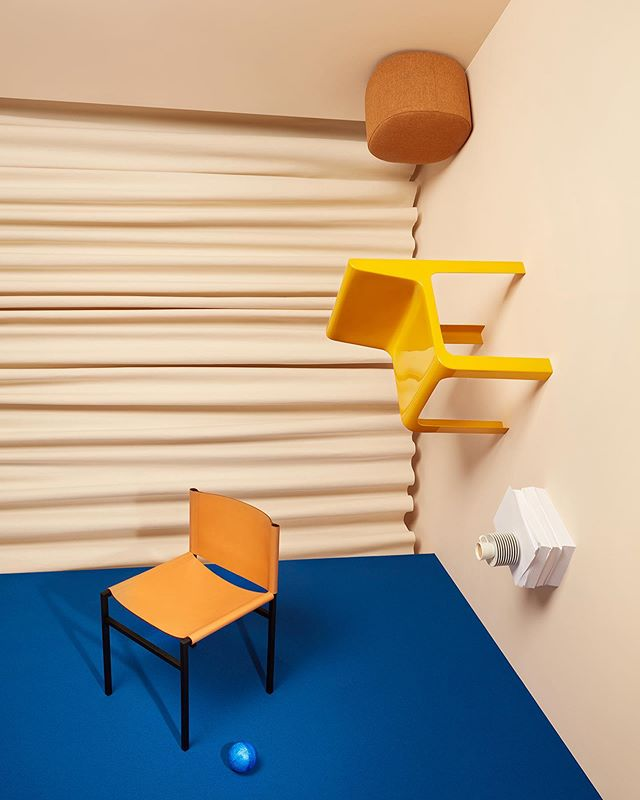 New edito for @livingcorriere  Photo : @akatrestudio  Set design : @juliettezakowetz . #setdesign #artwork #photography #editorial #stilllife #furniture