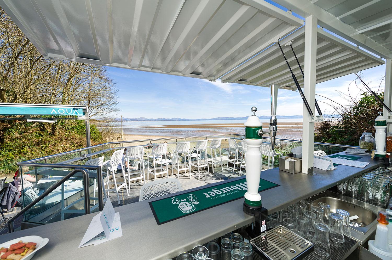 aqua beach bar in criccieth