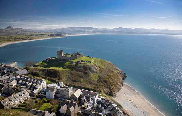 criccieth castle from above