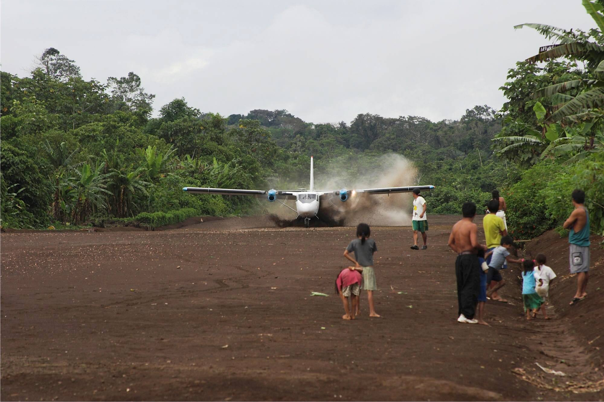 MSN 371 - DHC-6-300 HC-CES Aeromaster Airways
