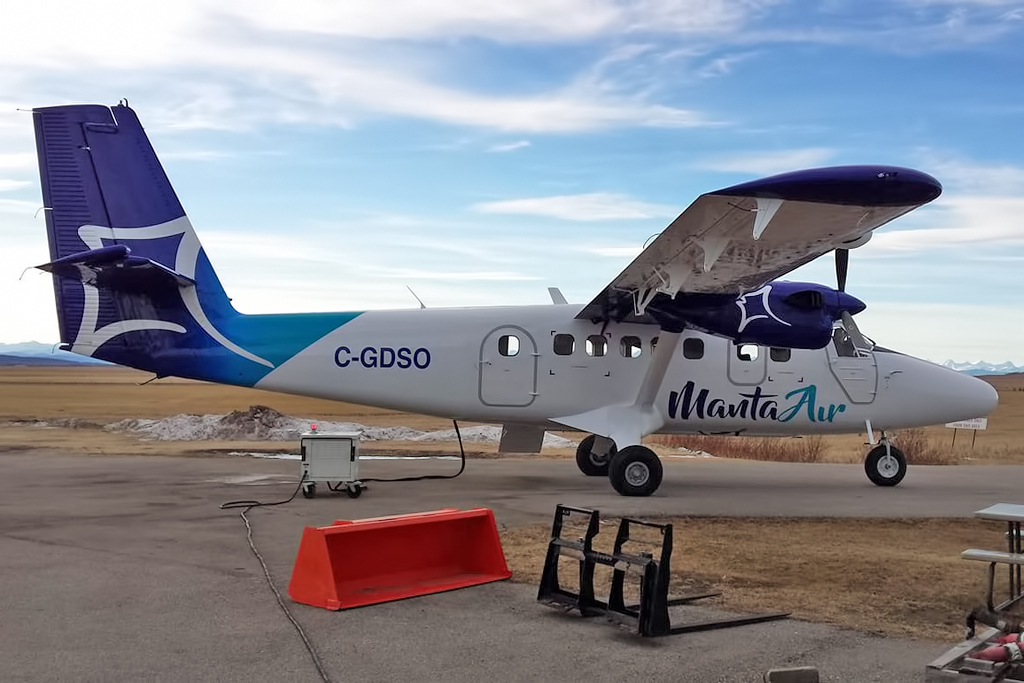MSN 454 - DHC-6-300 C-GDSO Manta Air, Springbank, AB Jan-2019  Ian Jensen Photo ©